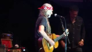"""""""Living in the Promised Land"""" Willie Nelson - Hinterland 2016"""