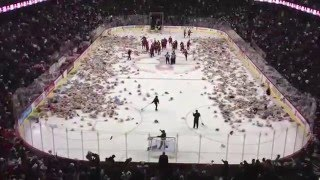 Calgary Hitmen 2012 Teddy Bear Toss - Watch 25,000 Bears Fly at Hockey Game