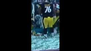 Steelers Player Fingers Dolpins player