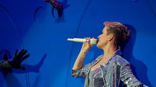 Katy Perry - Chained To The Rhythm (Radio 1