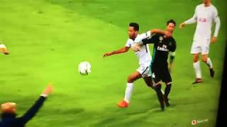 Sergio Ramos punching Mousa Dembélé in the chest twice