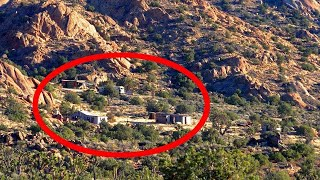 SECRET ABANDONED GHOST TOWN IN THE MIDDLE OF THE MOJAVE DESERT...