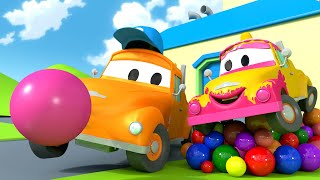 Klein Tom - Tom der Abschleppwagen und seine Autowaschanlage in Car City 💧  Cartoons für Kinder