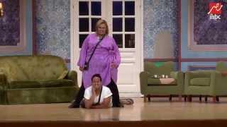 مسرح مصر - رقصة بين وزه و كريم عفيفى