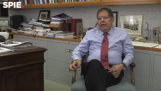 Ahmed Zewail: Year of Light can open doors to education