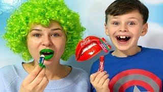 SİHİRLİ RUJLAR! ANNEMİN DUDAKLARI RENK DEĞİŞTİRDİ! Learn Colors With Colored Lipstick