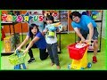 Pretend Play Toys R US Toy Hunt Shopping...mp3
