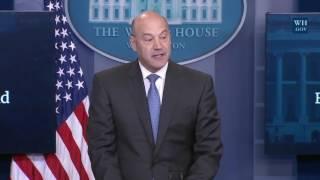 Gary Cohn on Donald Trump NEW TAX REFORM PLAN Press Conference Briefing, Steven Mnuchin, Spicer