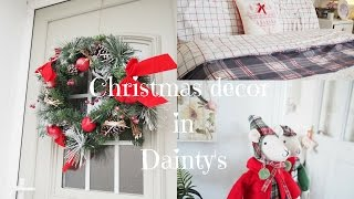 Christmas decor in Dainty