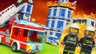 LEGO Feuerwehrmann Kinderfilm: POLIZEISTATION FEUER für KINDER   LEGO Stop Motion Episode deutsch