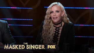 Jenny Asks If The Lion Has Gone Gold Or Platinum | Season 1 Ep. 3 | THE MASKED SINGER