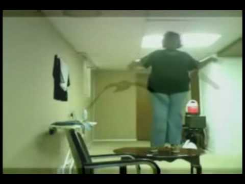 fat girl falls off the table № 79540