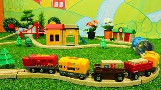 Spielzeug aus Holz - Brio Toys - Wir bauen für die kleinen Züge eine Schule