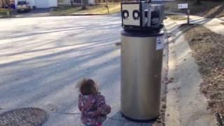 "Rayna meets a ""robot""."