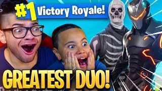 9 YEAR OLD BROTHER AND MINDOFREZ PLAY DUOS!! HE FINALLY CARRIED ME?! FORTNITE BATTLE ROYALE! *CRAZY*