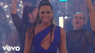 Demi Lovato - Sorry Not Sorry  (Live At The MTV VMAs / 2017)