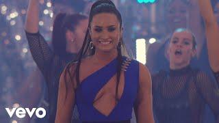 Demi Lovato - Sorry Not Sorry  (Live At The MTV VMAs / 2017)