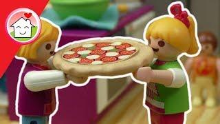 Playmobil Film deutsch - Lena backt Pizza - Filme für Kinder von Familie Hauser