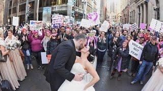 Photographer Snaps Incredible Wedding Photo Of Couple In Women