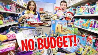 KIDS HAVE 1 MINUTE TO GET ALL THE TOYS!!