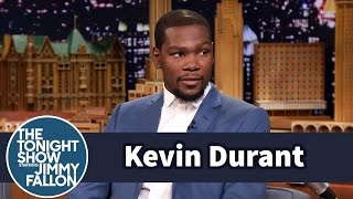 Kevin Durant Plays NBA 2K15 as LeBron James