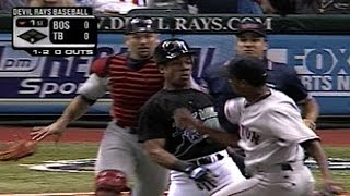 BOS@TB: Gerald Williams, Pedro Martinez cause benches to clear