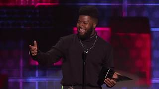 Khalid Wins Favorite Male Artist for Soul/R&B - AMAs 2018