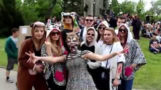 Parada i tort na początek Juwenaliów w Białymstoku