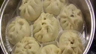 Steamed pork buns (Jjinppang-mandu: 찐빵만두)
