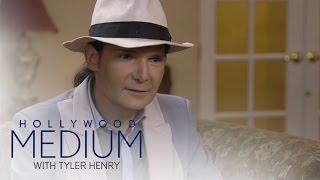 Tyler Henry Shocks Corey Feldman With Spot-on Reading | Hollywood Medium with Tyler Henry | E!