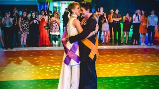 High School Seniors Attend Queer Prom For The First Time