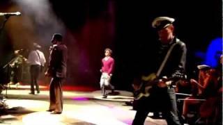 Gorillaz - Stylo [Live at Glastonbury 2010] HD