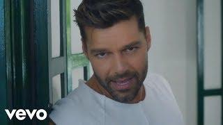 Ricky Martin - La Mordidita ft. Yotuel (Official Video)