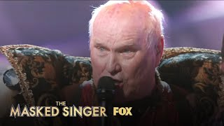 Terry Bradshaw Gives A Final Performance | Season 1 Ep. 3 | THE MASKED SINGER