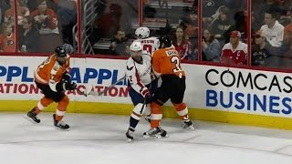 Niskanen forced to leave game after knee-on-knee with Gudas