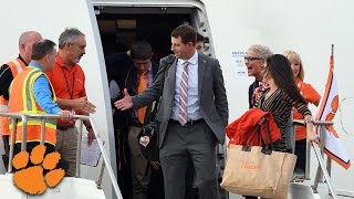 Clemson Arrives In Tampa For CFP National Championship vs Alabama
