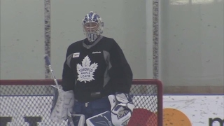 Freddie Andersen back on the ice, testing out the injury