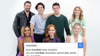 Riverdale Cast Answers the Web