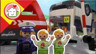 Playmobil en español Accidente de Tren - La Familia Hauser