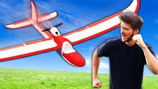 Dodge the GIANT RC Airplane Challenge!! *GONE WRONG*