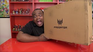 MY FIRST GAMING LAPTOP?! [Acer Predator 15 Unboxing]