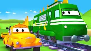 Die Lackierwerkstatt von Tom dem Abschleppwagen: Troy ist ein Zugosaurus | Lastwagen Cartoons