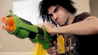 NERF GUNS SHOOTOUT!