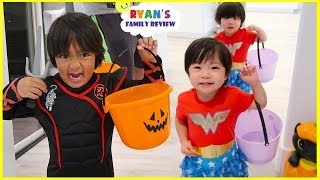 Trick Or Treat Pretend Play with Ryan