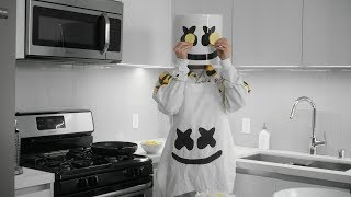 Cooking with Marshmello: How To Make Tortilla de Patatas (Spanish Edition)