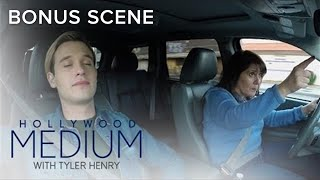 Tyler Henry Needs a Break From His Sweet Mom | Hollywood Medium with Tyler Henry | E!