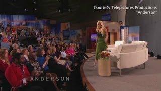 Anderson Cooper kicks Woman off Show