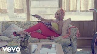"Christina Aguilera - ""Your Body"" Teaser 2"