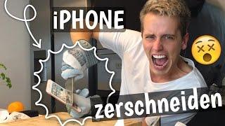 Das schärfste Messer  - ich ZERSCHNEIDE ein iPHONE !! 😱  | Julienco