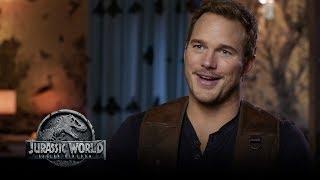 Jurassic World: Fallen Kingdom - Watch The Trailer Now! (Go Behind The Scenes) (HD)